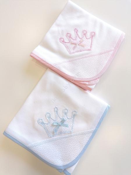 Fralda para bebé bordada coroa