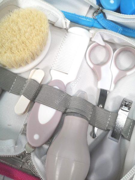 Necessaire de higiene cinza